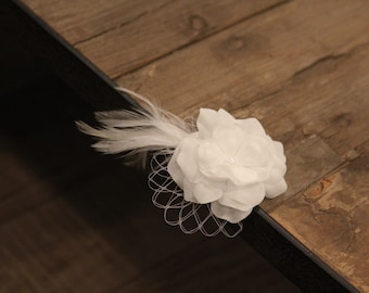 Flower girl hair clip, includes Priority shipping, vintage clip, off-white flower hair clip, flower girl hair accessorie, feather hair clip