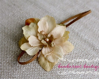 Newborn Headband, Baby headband, champagne flower headband, gold flower headband, photography prop, vintage newborn headband