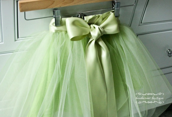tutu skirt for girls, flower girl dress, Soft Tulle green tutu PHOTOGRAPHY Bridal Weddings Flower Girls CUSTOM sewn tutus