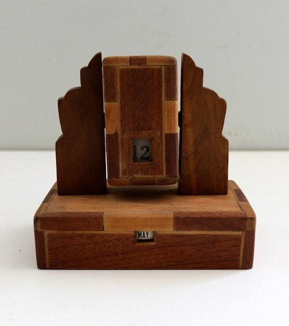 Perpetual Calendar Wood : Vintage wooden perpetual calendar