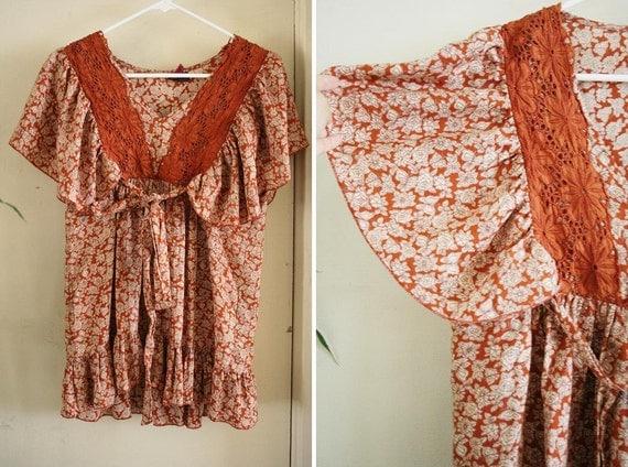 vintage ORANGE flutter sleeve BOHEMIAN blouse size S or M