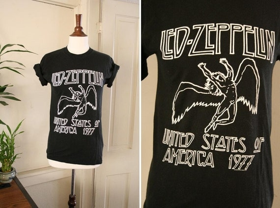 vintage LED ZEPPELIN black BAND tee size xs or s