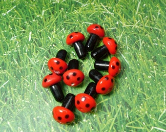 10 red and black polka dot mushroom lampwork glass beads - loose beads - jewelry and craft supply