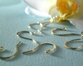10 pcs, 14kt GF French Earwires...22ga handmade gold filled (not plated), slightly hammered at top, sparkling, simple elegance