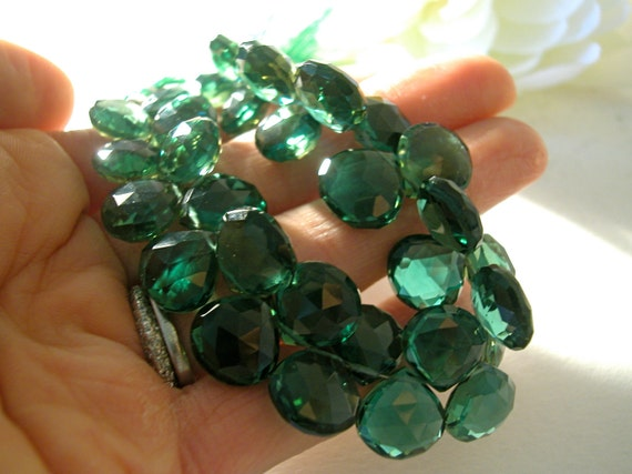 4 pcs, 11-12mm Emerald Hydro Quartz Heart Briolette...HUGE size, gorgeous vivid emerald green shade, amazing color