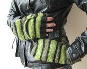 Very warm wool winter mittens