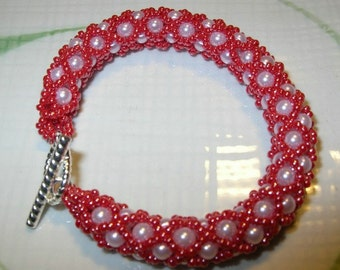 Pink Woven Bead XOXO Bracelet - Hugs And Kisses Pattern Rope Style