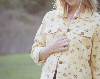 vintage floral yellow jean jacket womens medium small