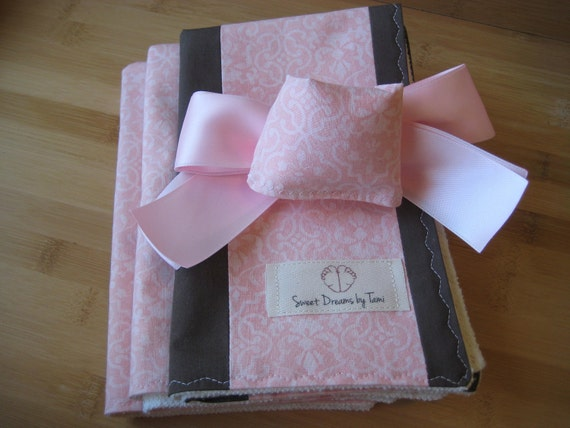 Door Muff & ORGANIC Baby Burp Cloth Set - Pink