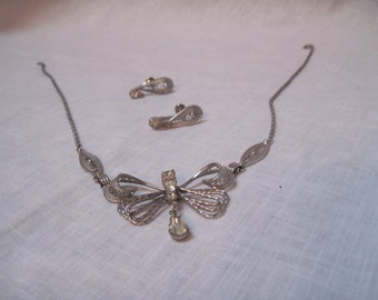 Espo Flex stering filigree butterfly necklack and matching earrings