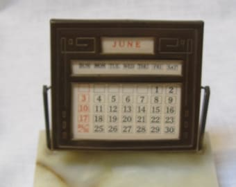 vintage marble base calendar and photo frame