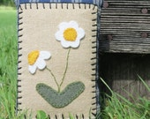 Primitive Daisy Door Knob / Cupboard Hanger