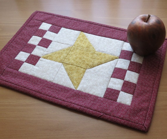 Primitive Americana Quilted Table Topper