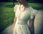 Pale Yellow 1940s full length cotton dress small