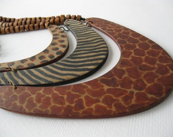 Vintage African Tribal Safari Painted Wood Necklace