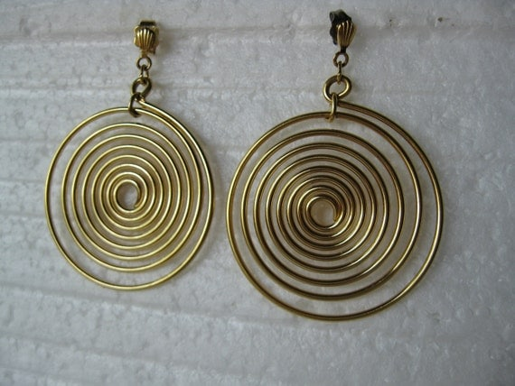 Vintage Goldtone Spiral Stud Earrings