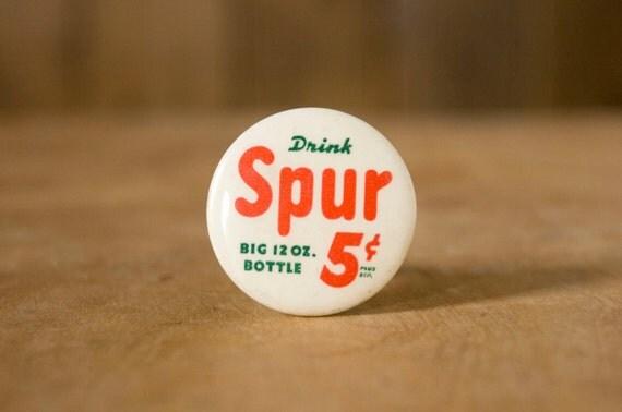 Vintage Spur Soda Button