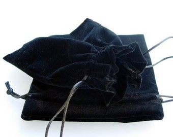 Gift Pouches | Black Velvet Pouches | Jewellery Pouches | 14 by 17 cm | UK Gift Packaging