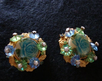 Vintage Signed Alice Caviness Blue Roses Clip On Earrings