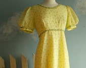 SALE Vintage Yellow Maxi Dress Floral Prairie Country Medium-Large