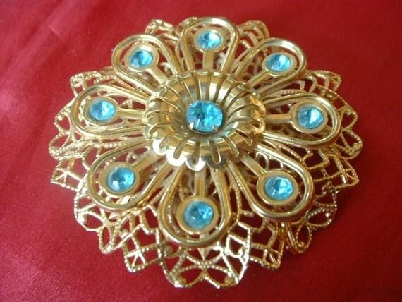 1940 Vintage Blue Rhinestone Large Pin Brooch Filligree Golden Flower