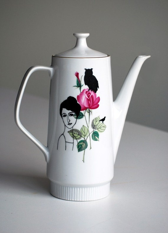 Vintage redecorated teapot 'Helene'