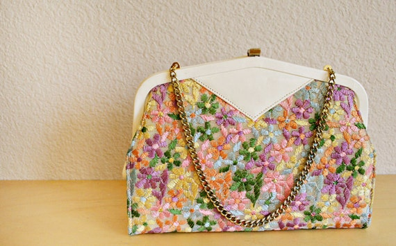 Embroidered Vintage Clutch