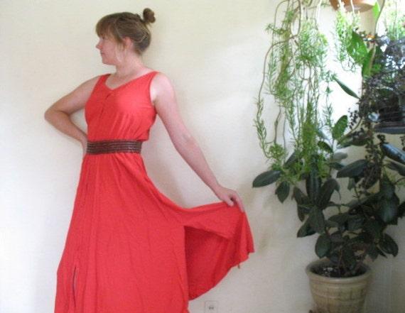 10 dollar SALE / vintage 1980s red maxi dress / medium / WHIRLING DERVISH
