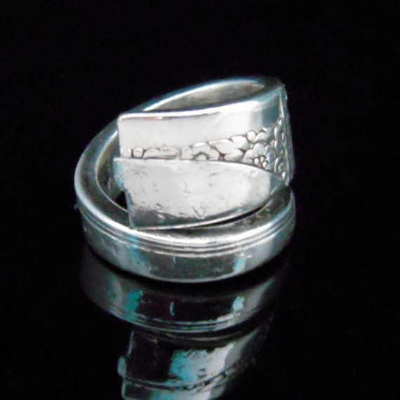 Silver Spoon Ring - Caprice