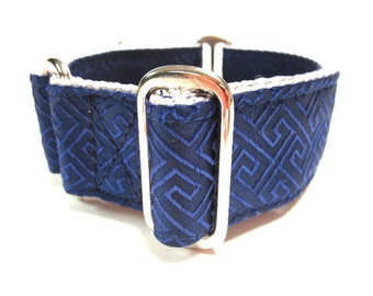 "Houndstown 1.5"" NAVY Maze Martingale Collar Size Medium"