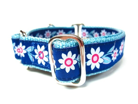 """Houndstown 1"""" Flowers Buckle Collar Size Small, Medium, or Large"""