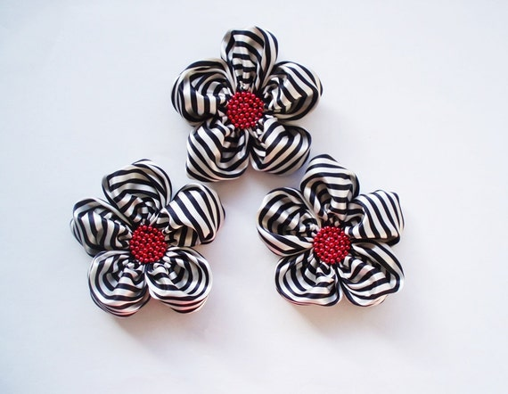 Black and White Striped Flowers Handmade Appliques Embellishments(3 pcs)