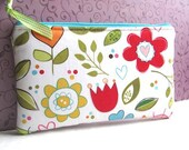 Zip Pouch Purse Gadget Cosmetic Padded Flowers HEARTS Riley Blake -pink green red blue white