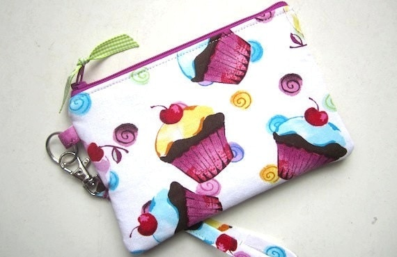 Zip Wristlet Pouch Purse Gadget (Padded) Watercolor  CUPCAKES purple pink turq yellow green