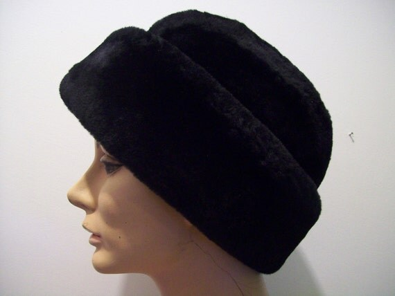 Vintage 1950s Black Mouton lambs wool hat by North King excellent condition the warmest hat you will find