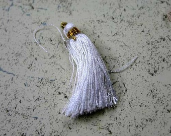 4pcs Tassel Charms Silk Imit - White Colors 2 Pair 1 3/4In