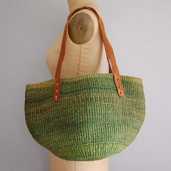70s AVOCADO GREEN woven and leather tote