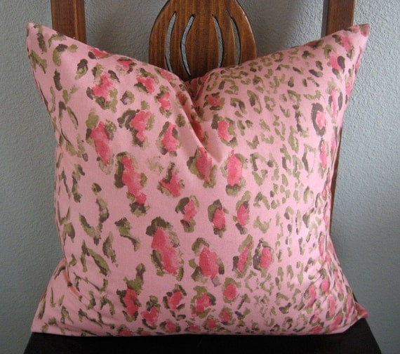 ONE new 18x18 Rose Cumming Chintzes Vintage 1982, hot pink cheetah print, pillow cover, throw pillow, toss pillow, decorative pillow