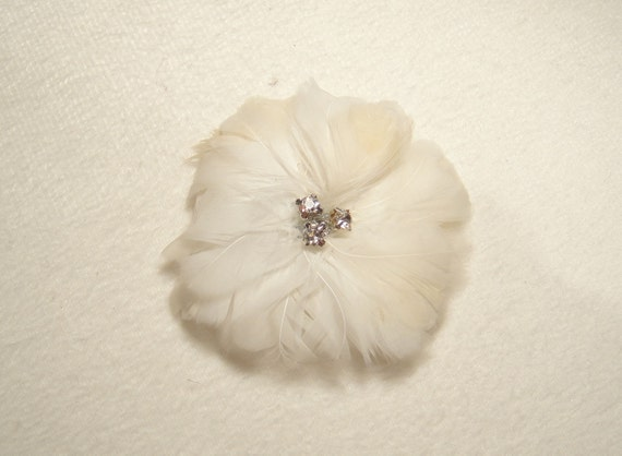Handpicked Natural Pheasant Feather Flower in Off White for millinery/ hair flower/ hair fascinator/ brooch/ corsage/ altered couture