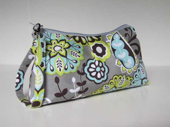 Pleated Wristlet Zipper Pouch -- Natureluxe Gray