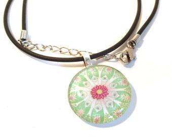 Pink Daisy Light Green Plankton Round Glass Pendant