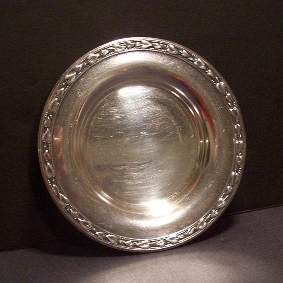 Vintage Silverplate Plate Wm Rogers Meadowbrook Pattern