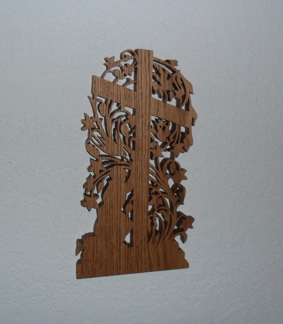 Wooden Scroll Saw Wall Cross C73