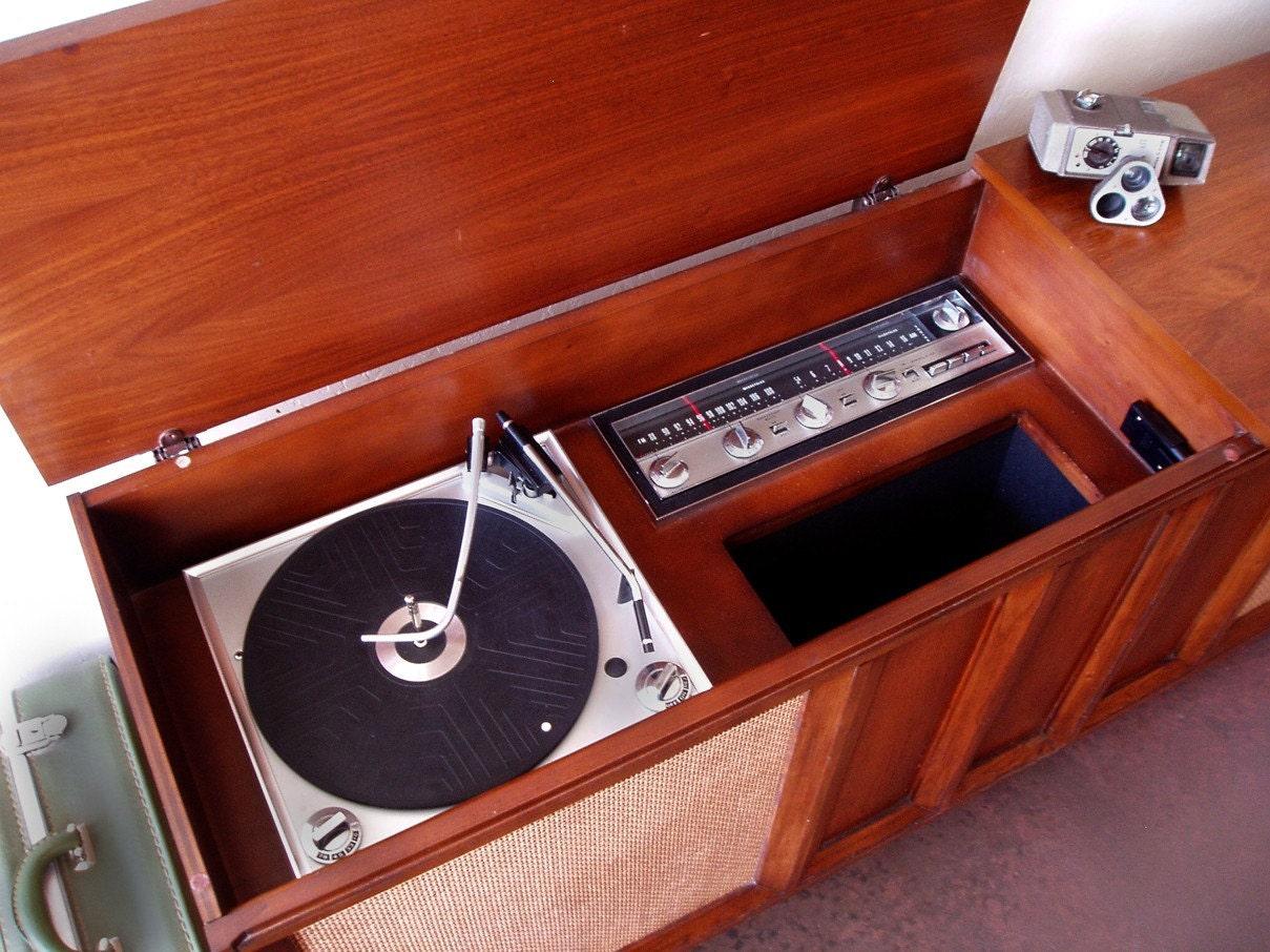 Perfect Vintage Philco High Fidelity Stereo Cabinet  . 🔎zoom U2026