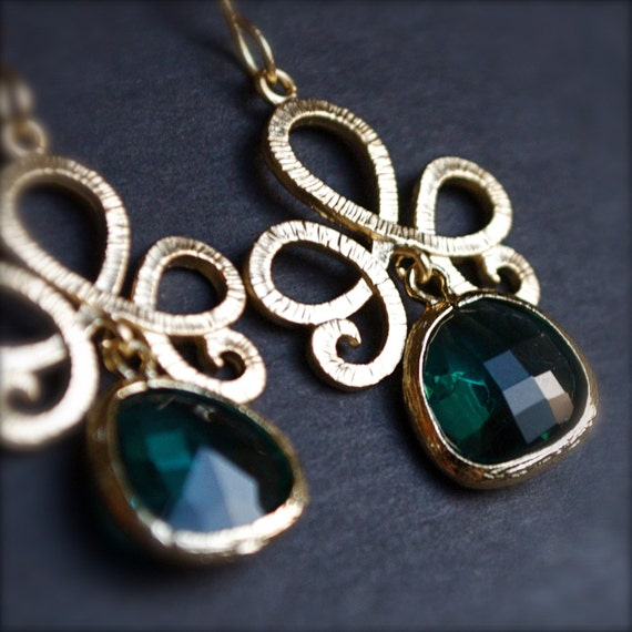 Bohemian Glamour-Eclectic Golden Pendant with Emerald Blue Sea Glass