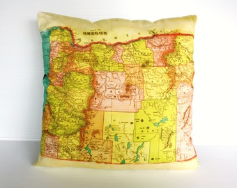 Map pillow cushion cover / Oregon map organic cotton/ city maps/ state maps / vintage maps / organic cotton / wedding gift for men /