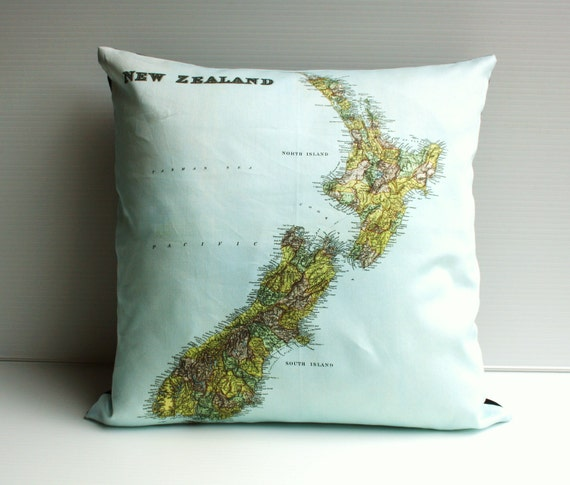 Vintage map/ NEW ZELAND map print / Map Cushion cover/ pillow map pillow/ organic cotton cushion cover /throw cushion/ second anniversary