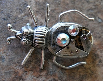 EXCLUSIVE DESIGN Steampunk Insect Brooch Pin in Antiqued Pewter, Swarovski Rhinestones