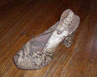 Size 5 Vintage Snakeskin Print Slingback Heels