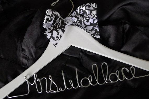 Brides Personalized Hanger, Brides Hanger, Bridal, Wedding Hanger, Personalized bridal gift, name hanger, personalized name hanger